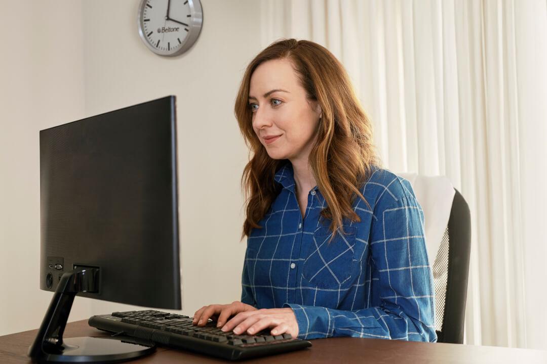 donna al computer programma work